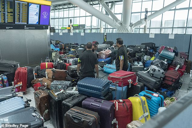 Heathrow terminal 5 baggage piled up as handlers stuck in traffic